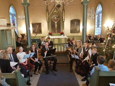 Tradisjonell deltakelse på Julegudstjeneste