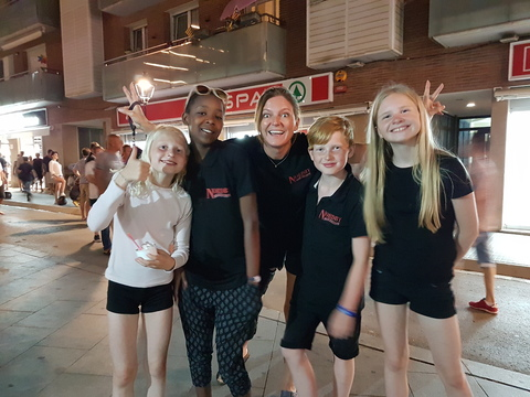 Sommertur under spansk sol: Gitte fant en glad gjeng fra Nordby