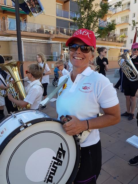 Spania del 2: Oppegård dirigent Hilde er klar for sitt siste oppdrag før hun flytter til Sandnes.