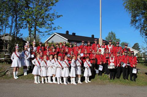 Nå kan du også bli med i Nordby skolekorps! : 17. mai 2016
