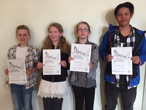 Gradsprøver i regi av Kulturskolen: Her er 4 av våre medlemmer som fikk diplomer i forbindelse med bestått Gradsprøve.