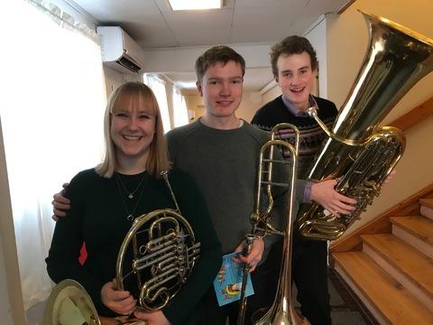 HK bød opp til fest på Liahøy: Tre spente musikanter før spillingen