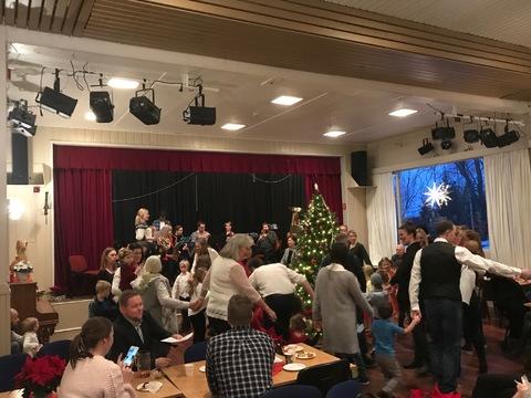 HK bød opp til fest på Liahøy: Full fest på LIahøy