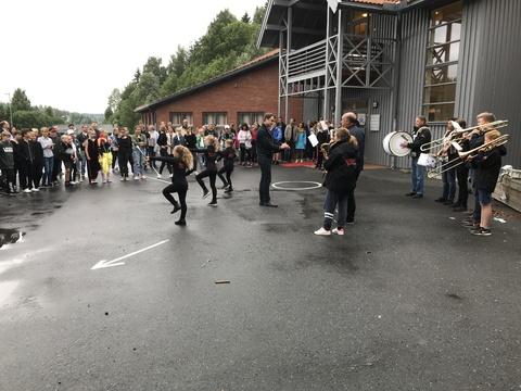 Korpset spilte for Erlend på Sjøskogen (Les mer)