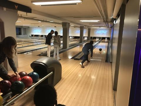 Velfortjent 'øvelse' på Ski Bowling: En litt annen sving enn swing