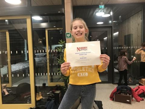 Hyggelig årsfest på Solberg skole: Stolt og flink mottaker av korpsets stipend - Selma som skal til EM i Italia i påsken