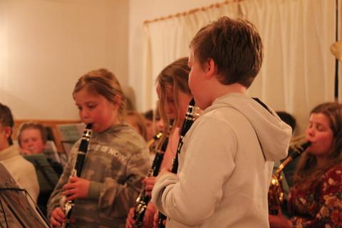Hyggelig vårkonsert i menighetshuset: Aspiranter som imponerte publikum